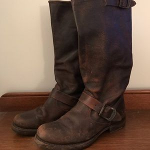 Frye Veronica Boots 7.5